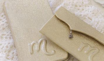 カルトナージュでつくる革のスマホケース