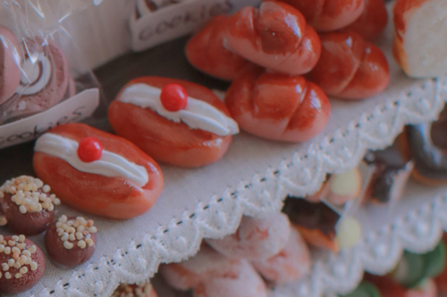 ミニチュア粘土でつくるグーチョキパン屋さん