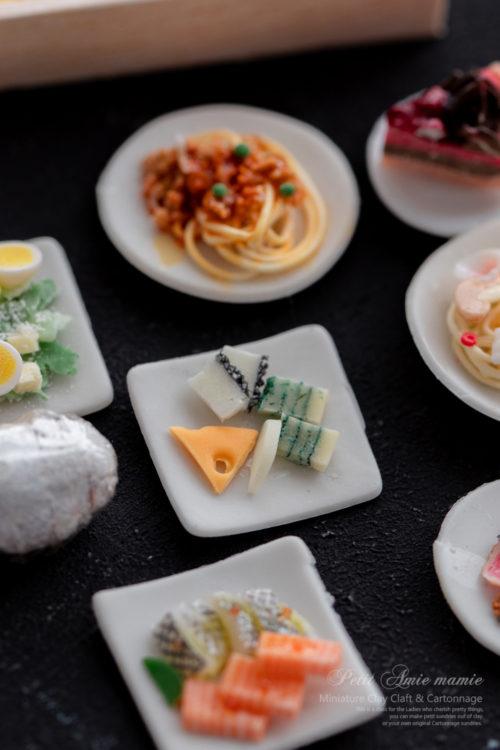 ミニチュア粘土のクリスマスディナー